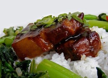 English: Sous-vide Red-braised Pork Belly 中文: 紅燒肉