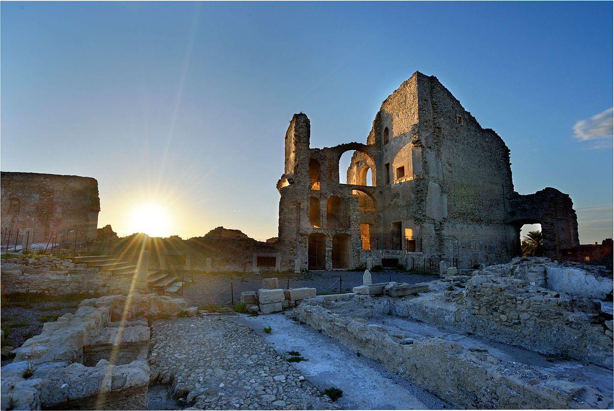 Castello della Valle  Wikipedia