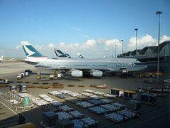 Cathay Pacific aircraft at Hong Kong Internati...