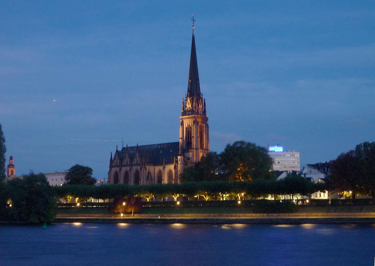 Frankfurt am MainSachsenhausen  Reisefhrer auf Wikivoyage