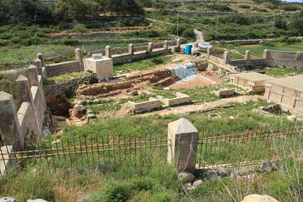Ajn Tuffie Roman Baths - Wikipedia