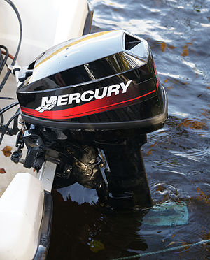 English: A Mercury Marine outboard motor.