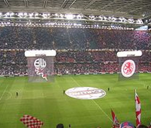 The 2004 League Cup Final At The Millennium Stadium