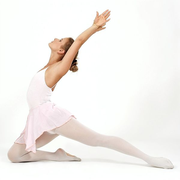 File:Ballet-dancer 01.jpg