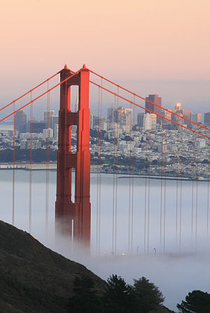 English: Golden Gate Bridge and San Francisco ...