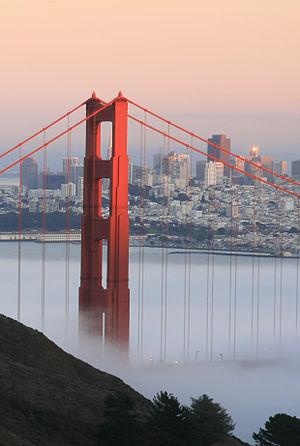 English: Golden Gate Bridge and San Francisco ...