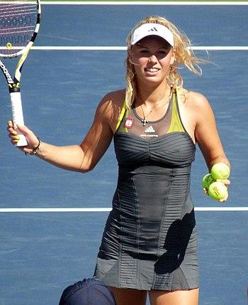 English: Caroline Wozniacki at the 2010 US Ope...