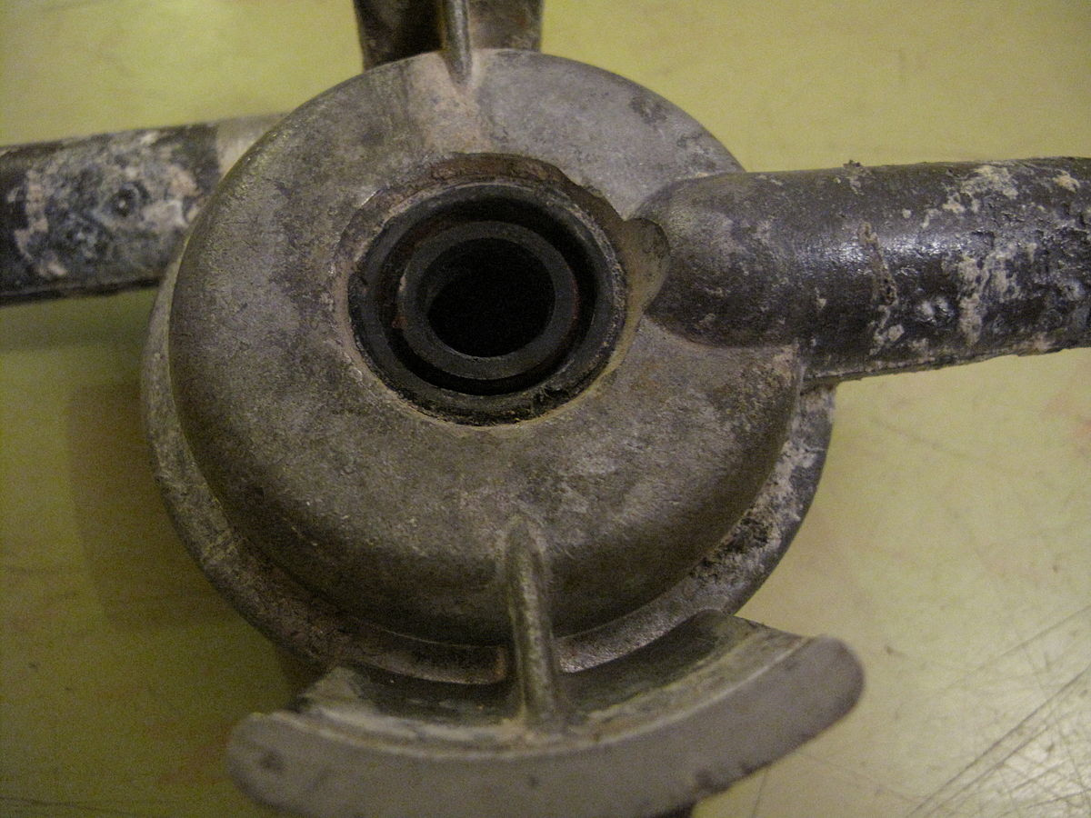 Radial shaft seal  Wikipedia