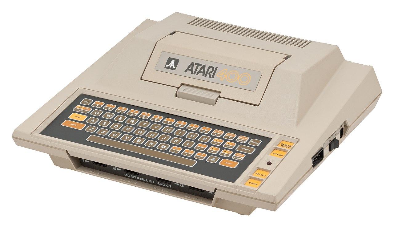 File:Atari-400-Comp.jpg - Wikimedia Commons
