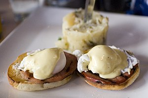 火腿蛋鬆餅 - 維基百科。自由的百科全書