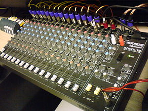 Mixing console, 16 channels.
