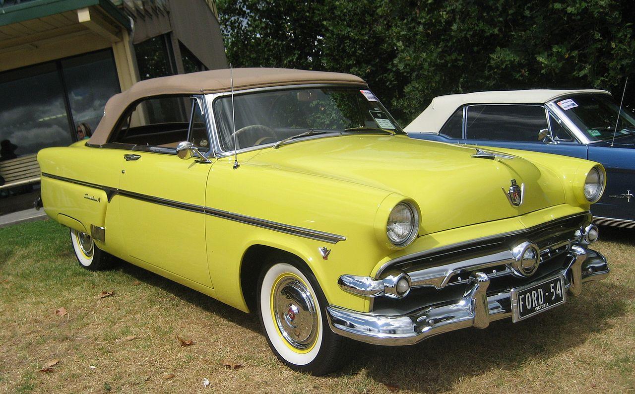 hight resolution of file 1954 ford crestline sunliner convertible jpg
