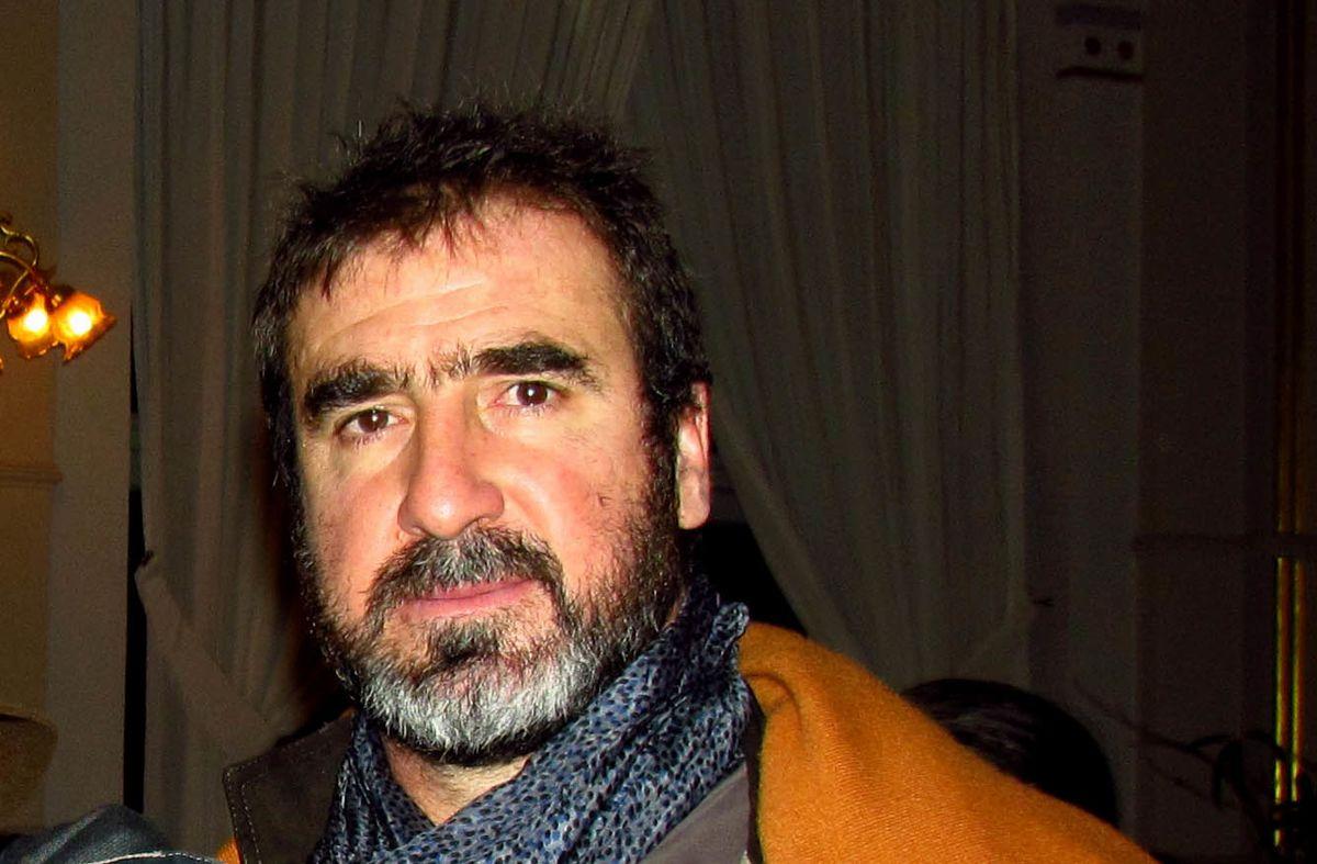 Marsella, 24 de mayo de 1966) es un exfutbolista francés que jugaba de delantero.fue internacional por la selección de francia. Eric Cantona - Wikipedia