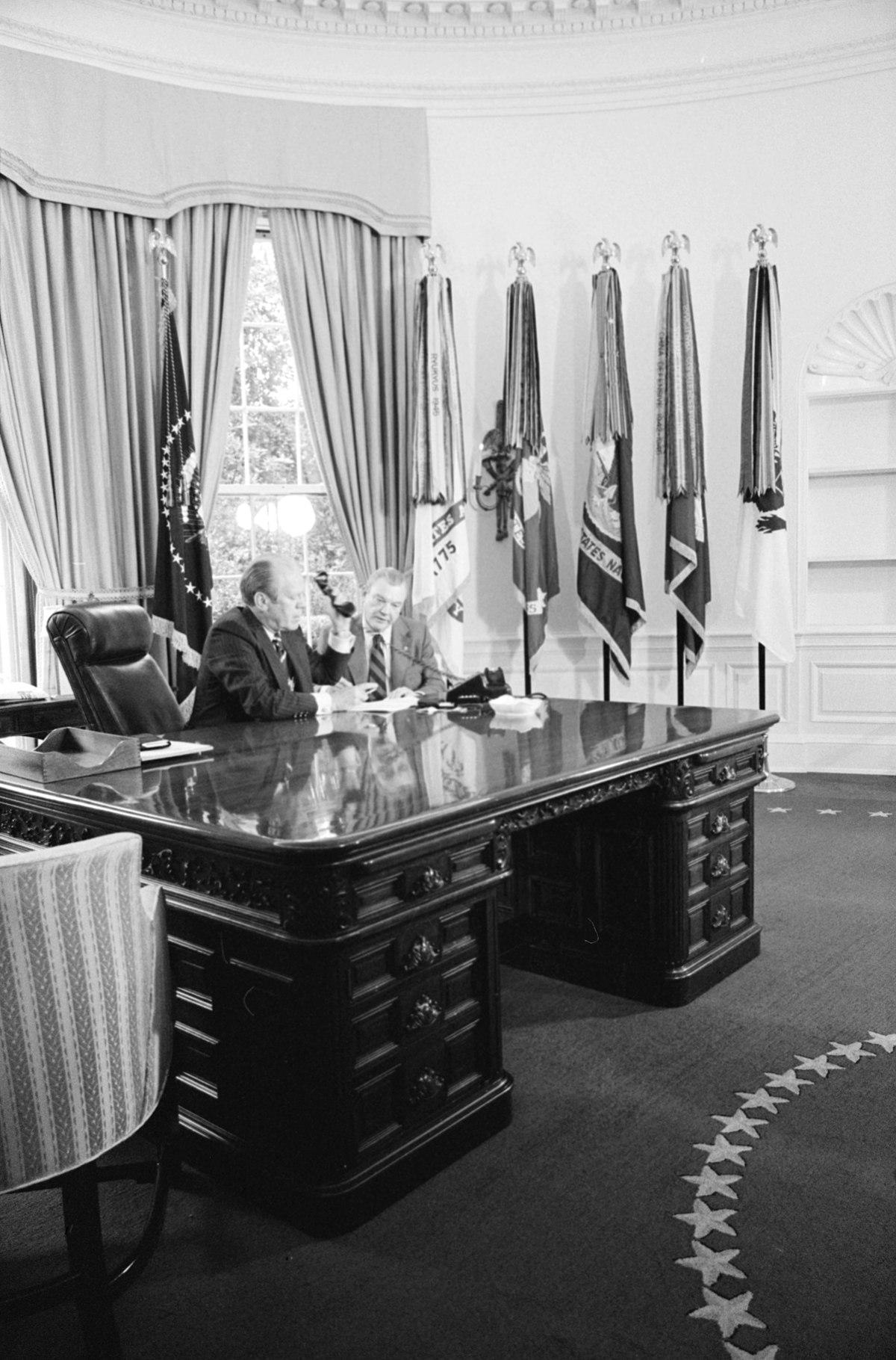 Wilson desk  Wikipedia