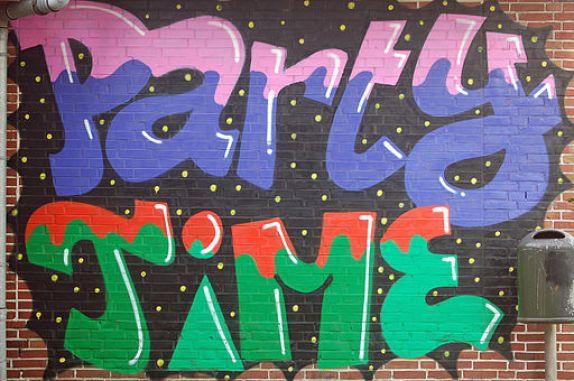 Graffiti Party Time 03