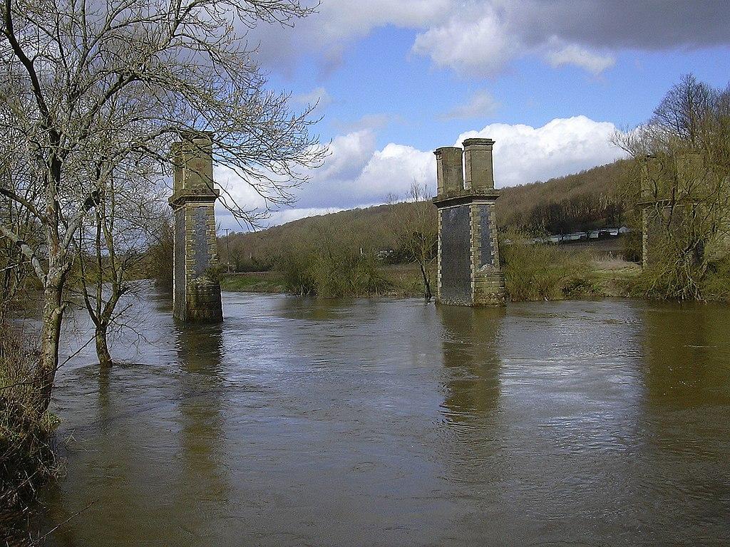 The remains of Dowles Bridge