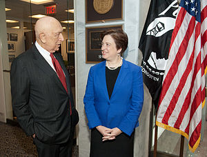 Senator Frank Lautenberg (D-NJ) meets with Sup...