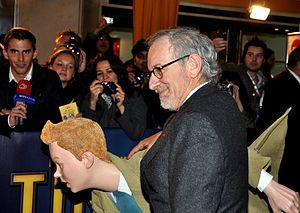 English: Steven Spielberg and effigy of Tintin...