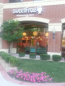 sweetFrogs first store in Illinois address 9645 Lincoln