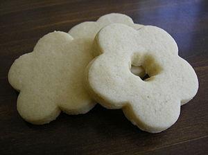 Floral sugar cookies.