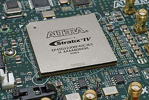 English: Altera Stratix IV EP4SGX230 FPGA on a PCB