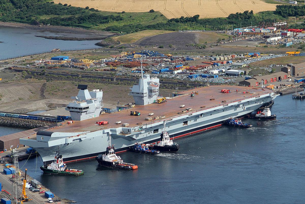 HMS Queen Elizabeth (R08) — Wikipédia