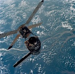 A closeup view of the Skylab space station tak...