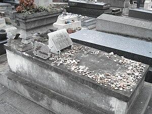 English: Emile Durkheim's grave. Italiano: La ...