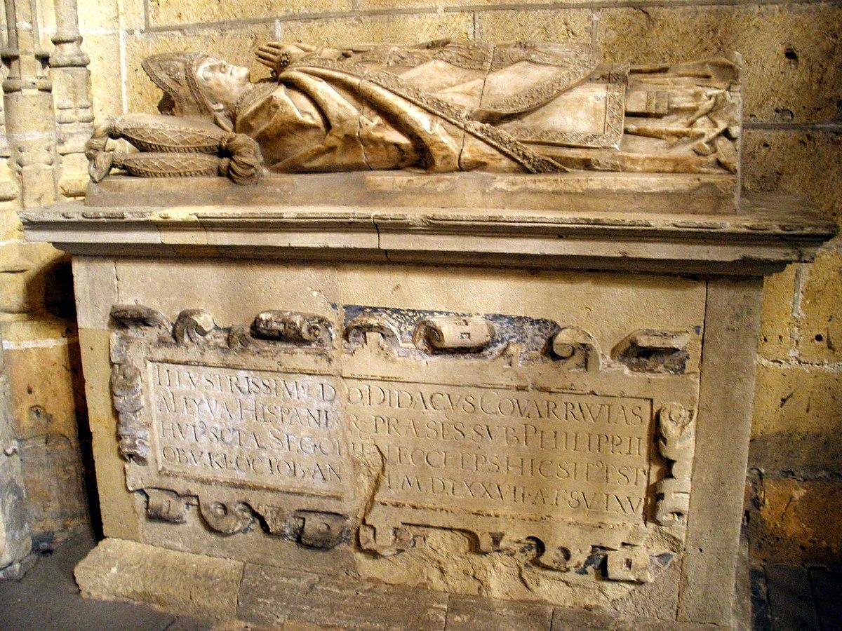 Segovia - Catedral, Capilla del Cristo del Consuelo 11-Sepulcro del Obispo Diego de Covarrubias.JPG