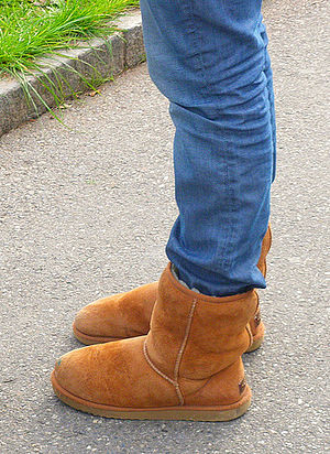 English: Boy Wearing Ugg Boots