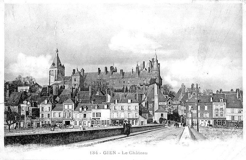CP Gien château