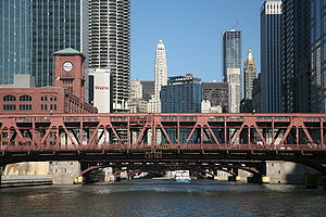 Bridges across the Chicago River, seen from a ...