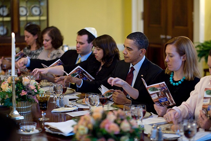 File:Passover Seder Dinner at the White House 2010.jpg