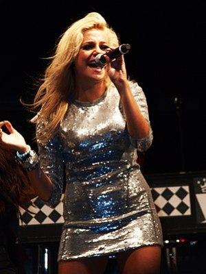 Pixie Lott performing at Blackpool Pleasure Be...