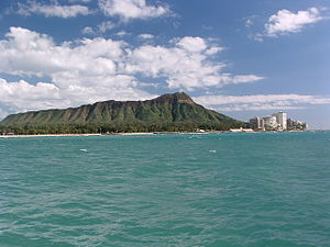 Diamond Head cone seen from the coast off Waikīkī
