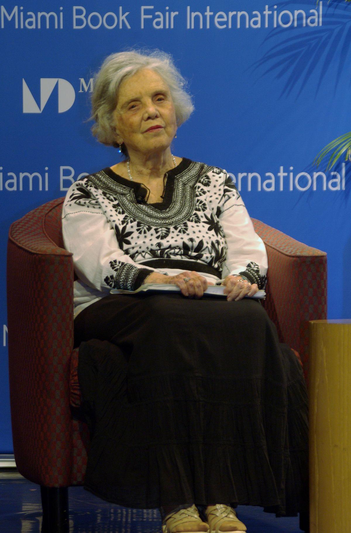 Elena Poniatowska - Wikipedia