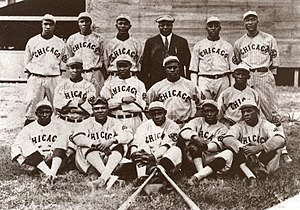 English: Team publicity photo for 1919 Chicago...