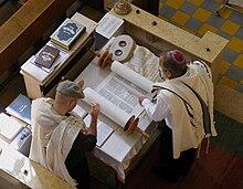 Messianic Books on Torah Talk