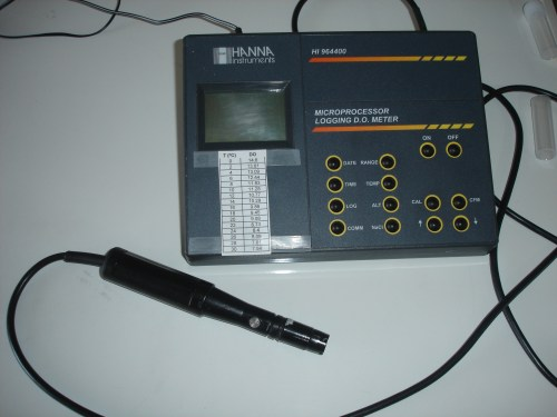 small resolution of a dissolved oxygen meter for laboratory use