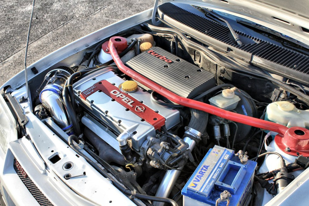 medium resolution of the c20let engine was introduced in 1992 and was fitted to the opel vauxhall vectra turbo cavalier turbo calibra turbo and the south african made opel