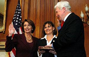 James Moran being sworn in by Nancy Pelosi in 2007
