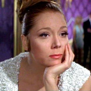 Top 5 Bond Girls: (1/5)