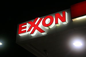Lit Exxon sign logo