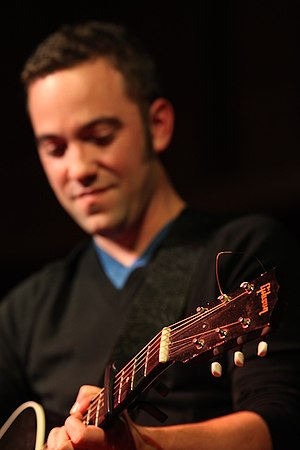Justin Rutledge performing at Vancouver's St. ...