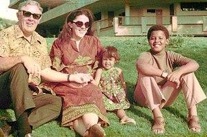 Stanley Armour Dunham, Ann Dunham, Maya Soetor...