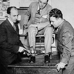 Electric Chair Execution Photos High Cover Replacement Walmart Tom Howard (photographer) - Wikipedia