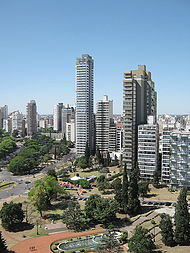 https://i0.wp.com/upload.wikimedia.org/wikipedia/en/thumb/8/86/Centroros.jpg/190px-Centroros.jpg