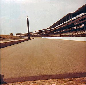 View-from-the-starting-line-at-Indianapolis-mo...