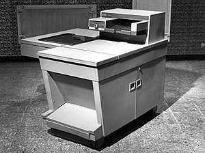 The Xerox 914 was the first one-piece plain pa...