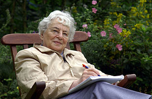 Ruth Weiss, English and German author and anti...